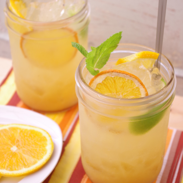 Meyer Lemon Vanilla Fizz